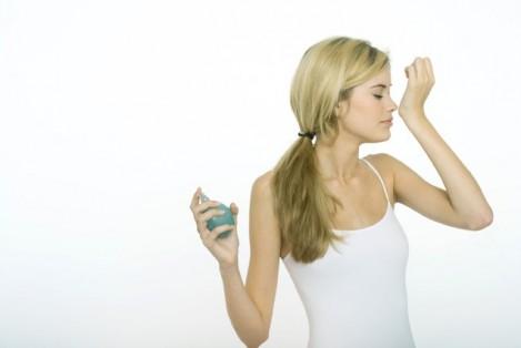 Женская парфюмерия — как выбрать аромат?