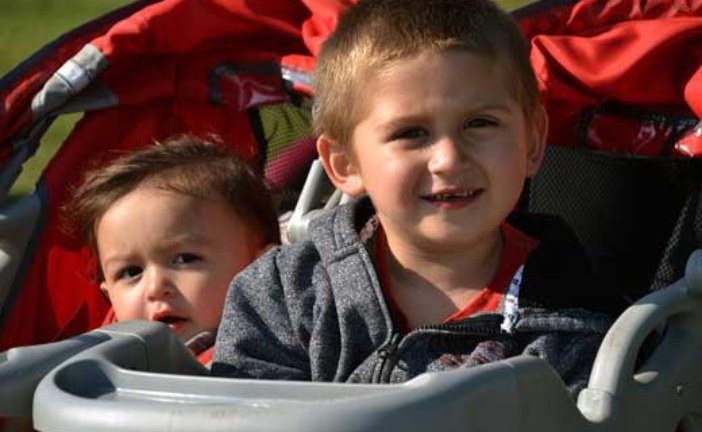 Стоит ли проводить ремонт детской коляски?