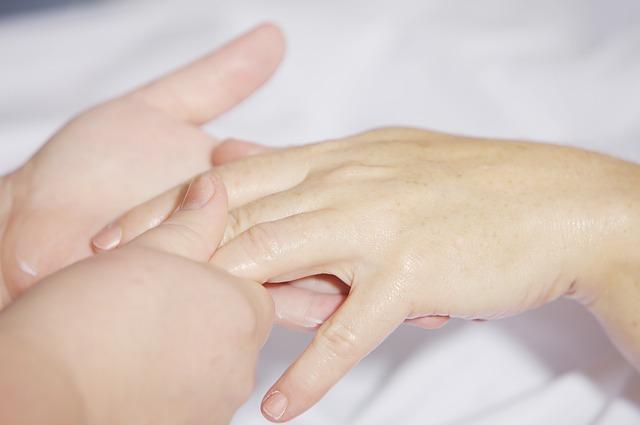 Ухаживаем за натуральными ногтями после снятия нарощенных