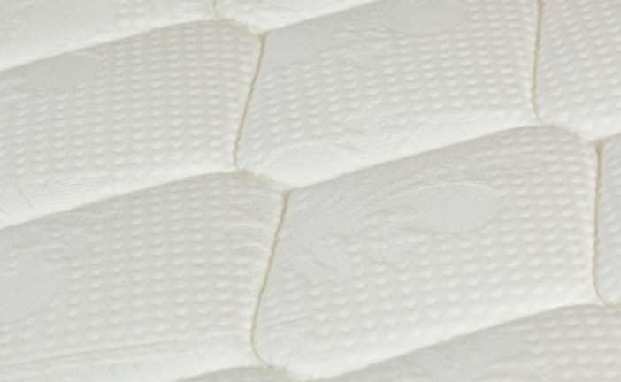 Полезные свойства пенных матрасов