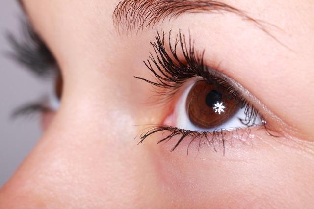 Влияние цвета глаз на характер человека
