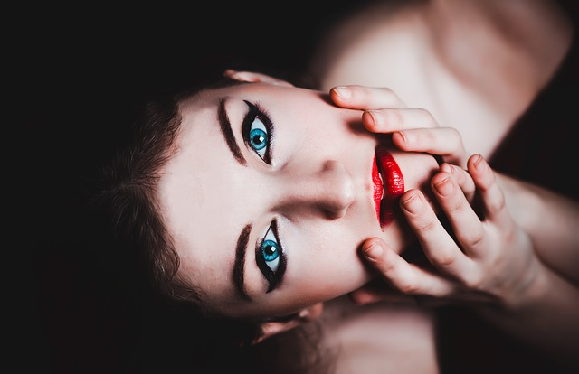 Антивозрастная косметика – сделай шаг навстречу молодости!