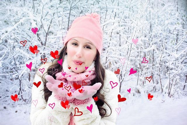 Идеи подарков любимой девушке на День Всех Влюблённых